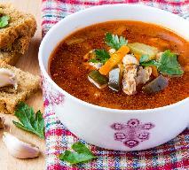 Zupa hiszpańska z na rosole - z bakaliami i pomidorami