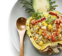 Ryż smażony w ananasie