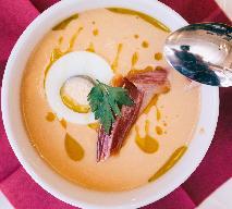Salmorejo - oryginalny andaluzyjski chłodnik z pomidorów, z szynką i jajkiem [WIDEO]