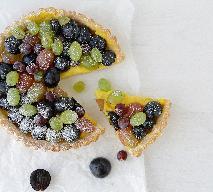 Tarta winogronowa - letnie ciasto z dodatkiem sezonowych owoców