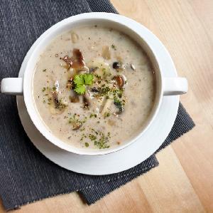 Wiedeńska zupa ziemniaczana - porcja rozkoszy na chłodne dni