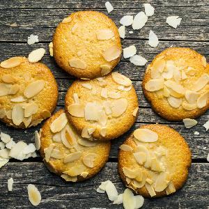 Migdałowe ciasteczka do pochrupania: łatwy przepis na pyszności