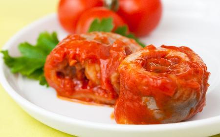 Śledzie matjasy w pomidorach