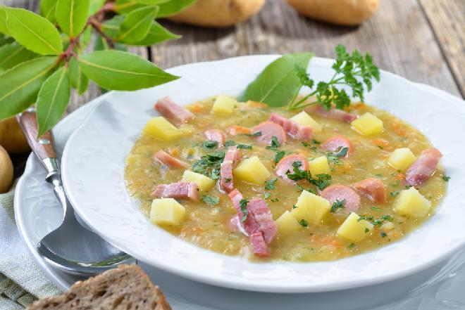 Łatwa zupa musztardowa - przepis na wyrazistą i niedrogą zupę
