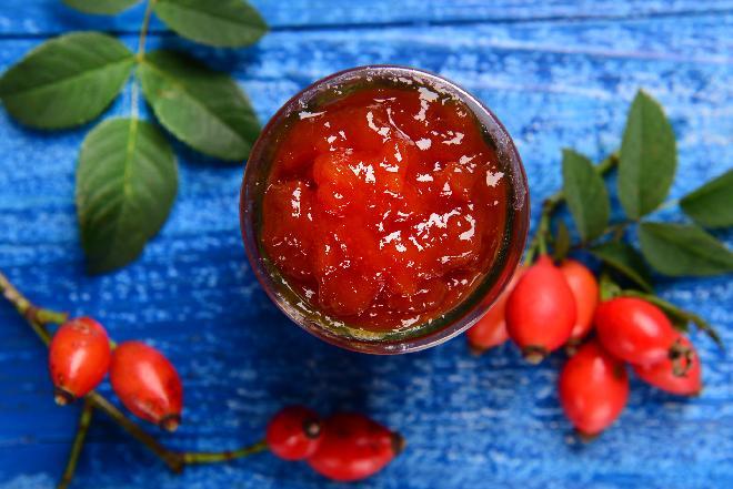 Konfitura z owoców dzikiej róży: sprawdzony przepis