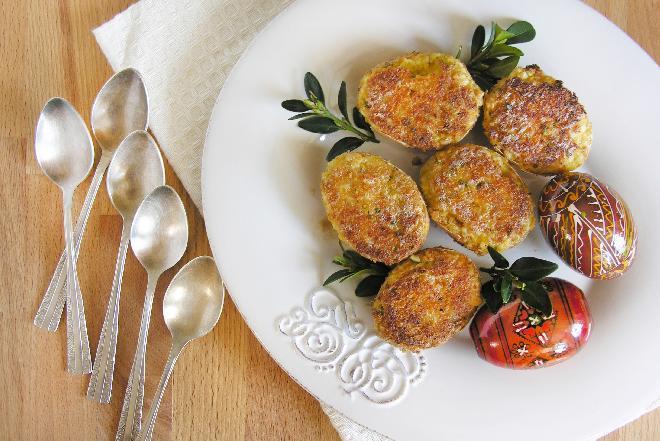 Jajka faszerowane serem pleśniowym: oryginalny przepis [WIDEO]