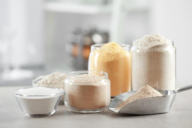 Typy mąki: jaka mąka pszenna na drożdżówkę, biszkopt, naleśniki i na chleb? [WIDEO+GALERIA PRZEPISÓW]